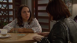 Imogen Willis, Naomi Canning in Neighbours Episode 7220