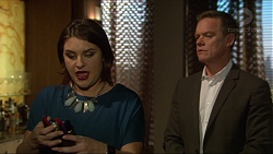 Naomi Canning, Paul Robinson in Neighbours Episode 7221