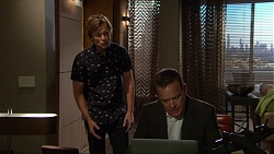 Daniel Robinson, Paul Robinson in Neighbours Episode 7221