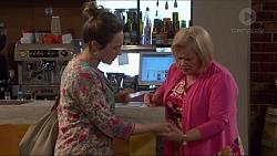 Sonya Rebecchi, Sheila Canning in Neighbours Episode 7222