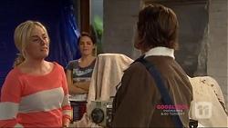 Lauren Turner, Paige Novak, Brad Willis in Neighbours Episode 7224