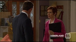 Paul Robinson, Susan Kennedy in Neighbours Episode 7226