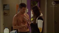 Mark Brennan, Paige Novak in Neighbours Episode 7228