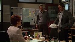 Susan Kennedy, Wayne Baxter, Brad Willis in Neighbours Episode 7228