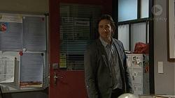 Brad Willis in Neighbours Episode 7229