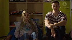 Amber Turner, Josh Willis in Neighbours Episode 7229