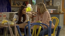 Paige Smith, Lauren Turner in Neighbours Episode 7229