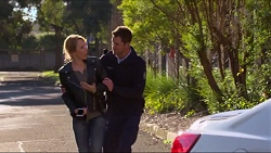 Steph Scully, Mark Brennan in Neighbours Episode 7233