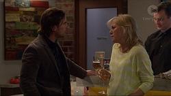 Brad Willis, Lauren Turner in Neighbours Episode 7233