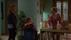 Steph Scully, Toadie Rebecchi, Sonya Mitchell in Neighbours Episode 7235