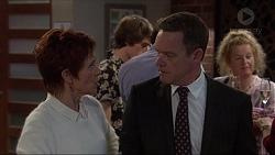 Susan Kennedy, Paul Robinson in Neighbours Episode 7235