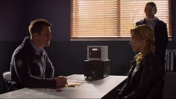 Mark Brennan, Steph Scully in Neighbours Episode 7241