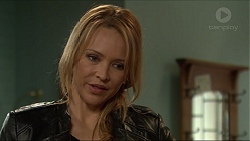Steph Scully in Neighbours Episode 7241