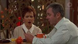 Susan Kennedy, Karl Kennedy in Neighbours Episode 7243