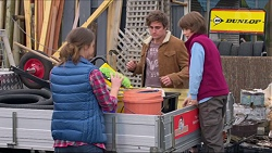 Amy Williams, Kyle Canning, Jimmy Williams in Neighbours Episode 7244