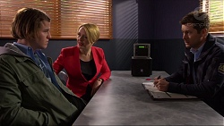 Jayden Warley, Sue Parker, Mark Brennan in Neighbours Episode 7244