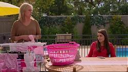 Lauren Turner, Paige Novak in Neighbours Episode 7248
