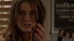 Amy Williams in Neighbours Episode 7248