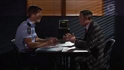 Mark Brennan, Paul Robinson in Neighbours Episode 7250