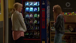 Lauren Turner, Piper Willis in Neighbours Episode 7251