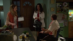 Sonya Rebecchi, Vanessa Villante, Toadie Rebecchi in Neighbours Episode 7252