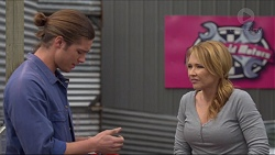 Tyler Brennan, Steph Scully in Neighbours Episode 7253