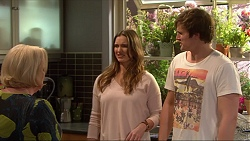 Sheila Canning, Amy Williams, Kyle Canning in Neighbours Episode 7258