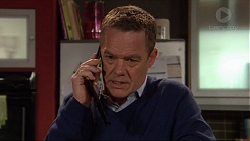 Paul Robinson in Neighbours Episode 7259