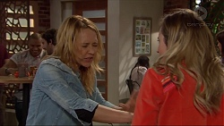 Steph Scully, Sonya Mitchell in Neighbours Episode 7259