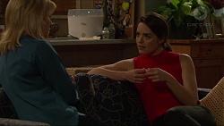 Lauren Turner, Paige Novak in Neighbours Episode 7260