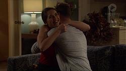 Paige Novak, Mark Brennan in Neighbours Episode 7260