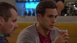 Toadie Rebecchi, Aaron Brennan in Neighbours Episode 7260