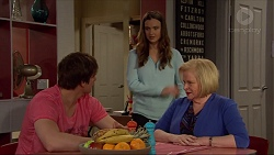 Kyle Canning, Amy Williams, Sheila Canning in Neighbours Episode 7263