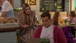 Amber Turner, Aaron Brennan in Neighbours Episode 7266