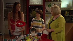 Indiana Crowe, Jimmy Williams, Sheila Canning in Neighbours Episode 7267