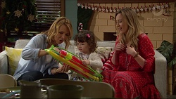 Steph Scully, Nell Rebecchi, Sonya Mitchell in Neighbours Episode 7269