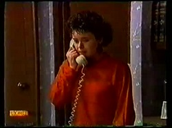 Lucy Robinson in Neighbours Episode 0770