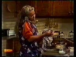Mrs Cummings in Neighbours Episode 0770