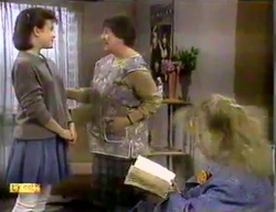 Lucy Robinson, Edith Chubb, Sharon Davies in Neighbours Episode 0869