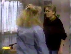 Sharon Davies, Bronwyn Davies in Neighbours Episode 0869