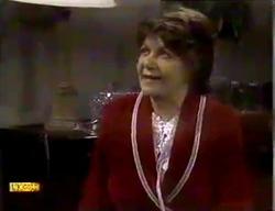 Gloria Lewis in Neighbours Episode 0870