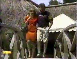 Jane Harris, Mark Granger in Neighbours Episode 0870