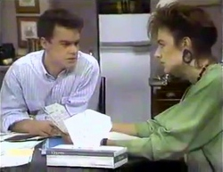 Paul Robinson, Gail Robinson in Neighbours Episode 0871