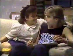 Lucy Robinson, Nick Page in Neighbours Episode 0872