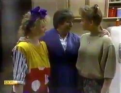Sharon Davies, Edith Chubb, Bronwyn Davies in Neighbours Episode 0872