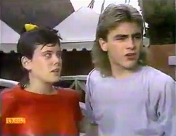 Lucy Robinson, Nick Page in Neighbours Episode 0873