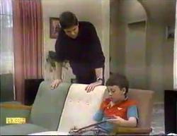 Joe Mangel, Toby Mangel in Neighbours Episode 0873