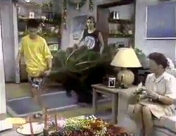 Todd Landers, Nick Page, Lucy Robinson in Neighbours Episode 0876