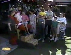 Sharon Davies, Edith Chubb, Katie Landers, Beverly Marshall, Des Clarke, Jamie Clarke, Joe Mangel, Toby Mangel in Neighbours Episode 0876