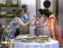 Madge Bishop, Harold Bishop, Edith Chubb, Beverly Marshall in Neighbours Episode 0876